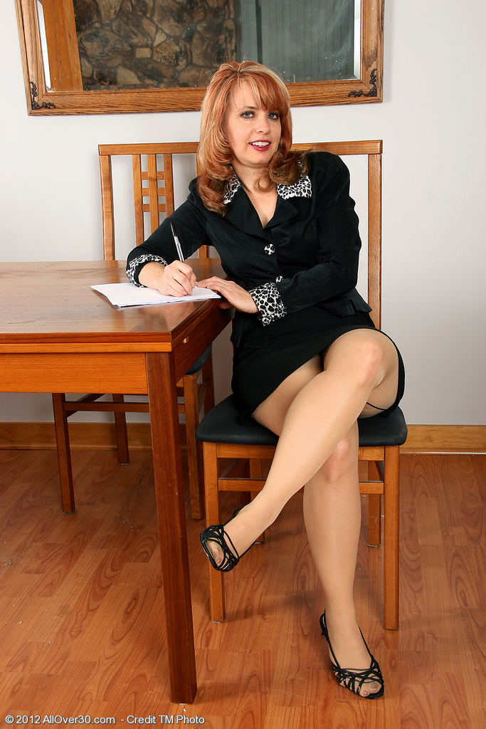 Redheaded Office Milf Pandora Jones from  Onlyover30 Getting Sexy