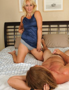45 Year Old Andi from  Onlyover30 Glides Her Aged Pussy over Hard Cock