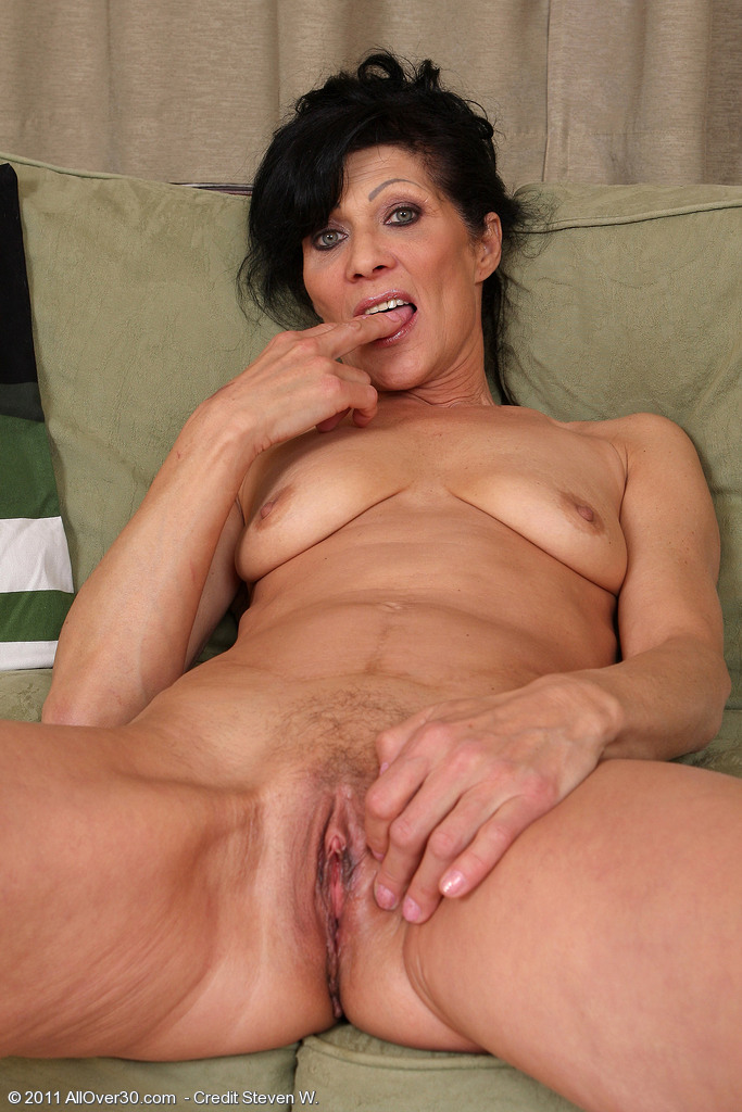 53 year old granny fucks her old pussy with a dildo 1
