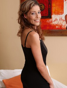 New Aged Model Lainda Cain from  Onlyover30 Looking Elegant As Ever