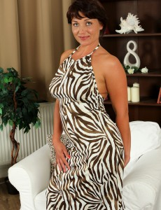 Curvaceous 38 Year Old Belle P Slips out of Her Elegant Dress to Spread