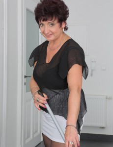 Beautiful 52 Year Old  Wifey Jessica Wild Violates from Chores