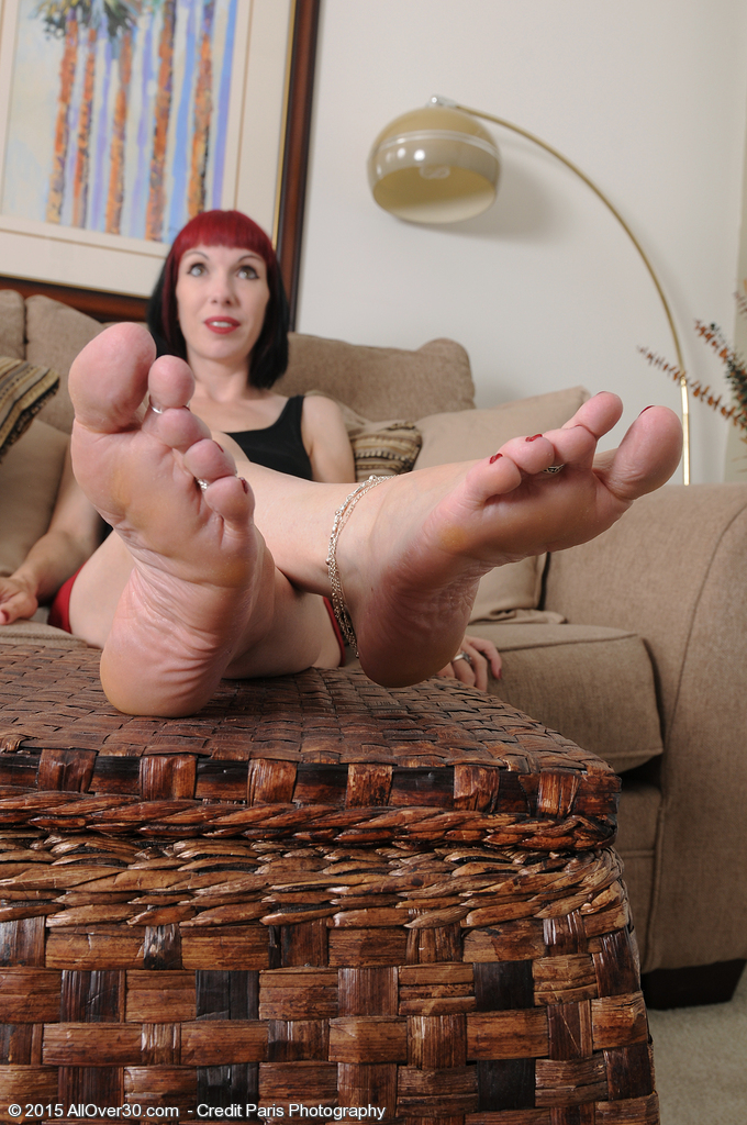 Ugly foot fetish milf for