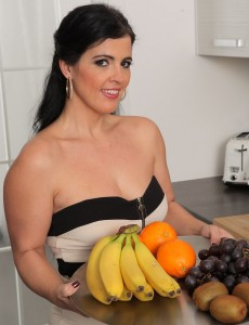 Hot Montse Swapper Has Fun with Fruits Getting All Juiced Up