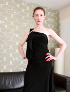 Thin Splendid Scarlet Louise Shows off